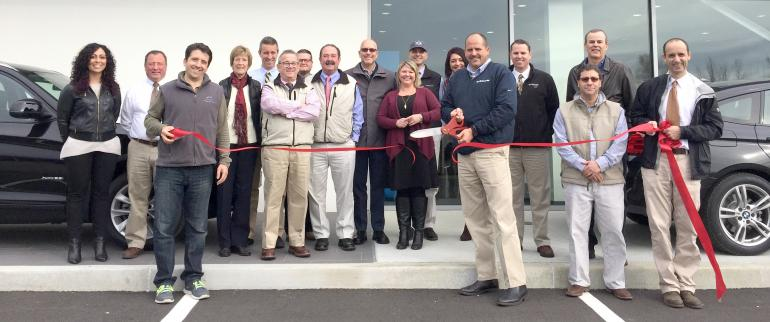 The Automaster BMW holds ribbon cutting for newly renovated