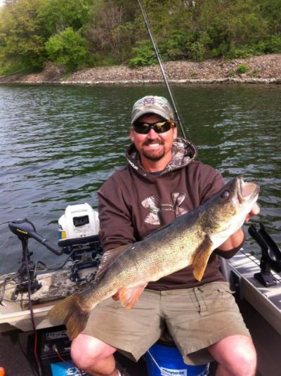 Vermont walleye fishing kicks off may 2 vermont business for Vermont fish and wildlife